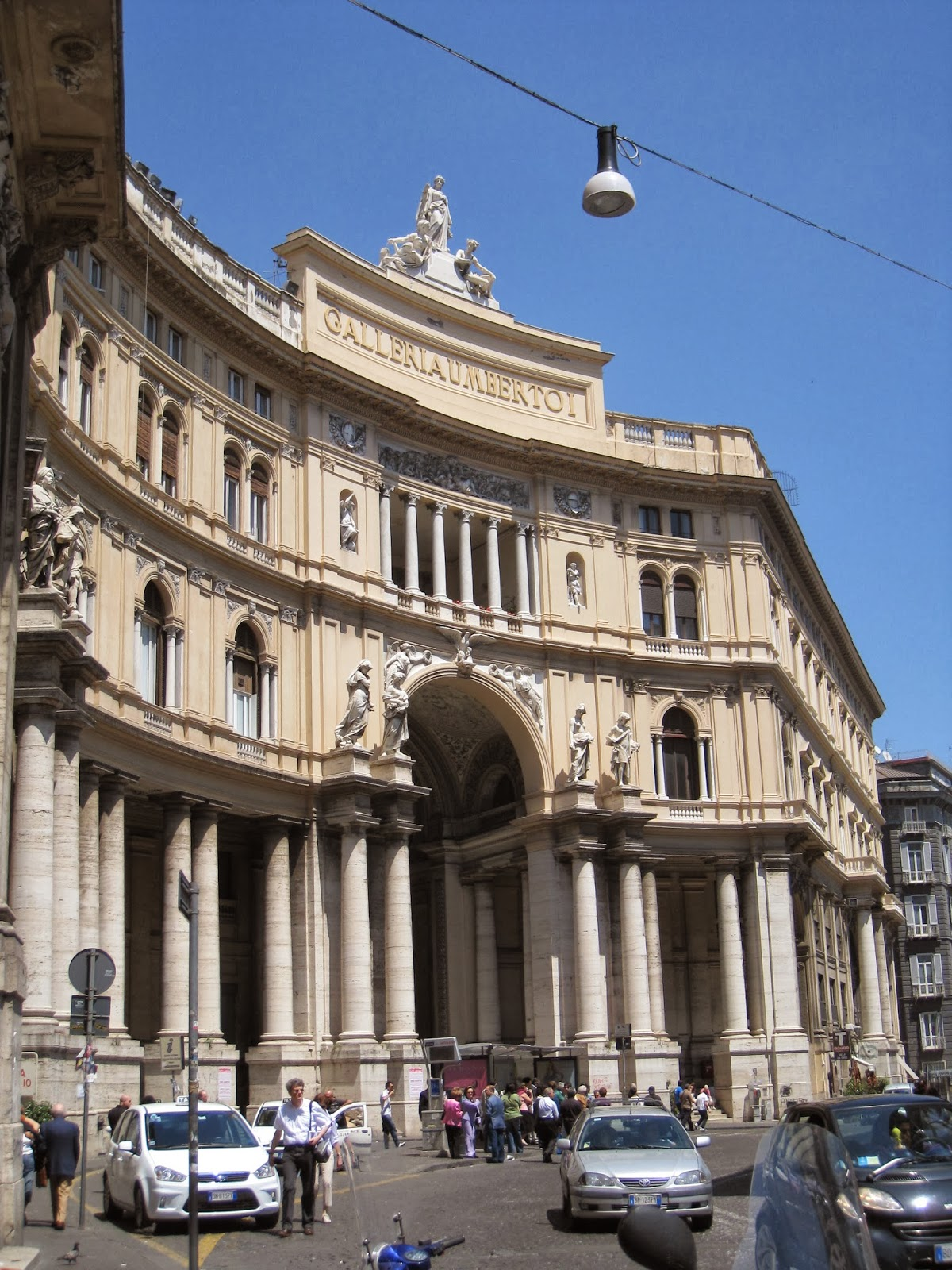 The-Shopping-Centre-Galleria-Umberto I-Naples-Italy-located-directed-across-from-the-San-Carlo-Opera-House