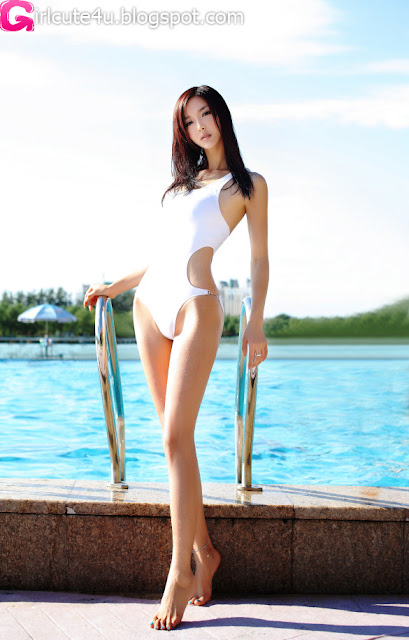 Li-Ying-Zhi-White-Monokini-05-very cute asian girl-girlcute4u.blogspot.com