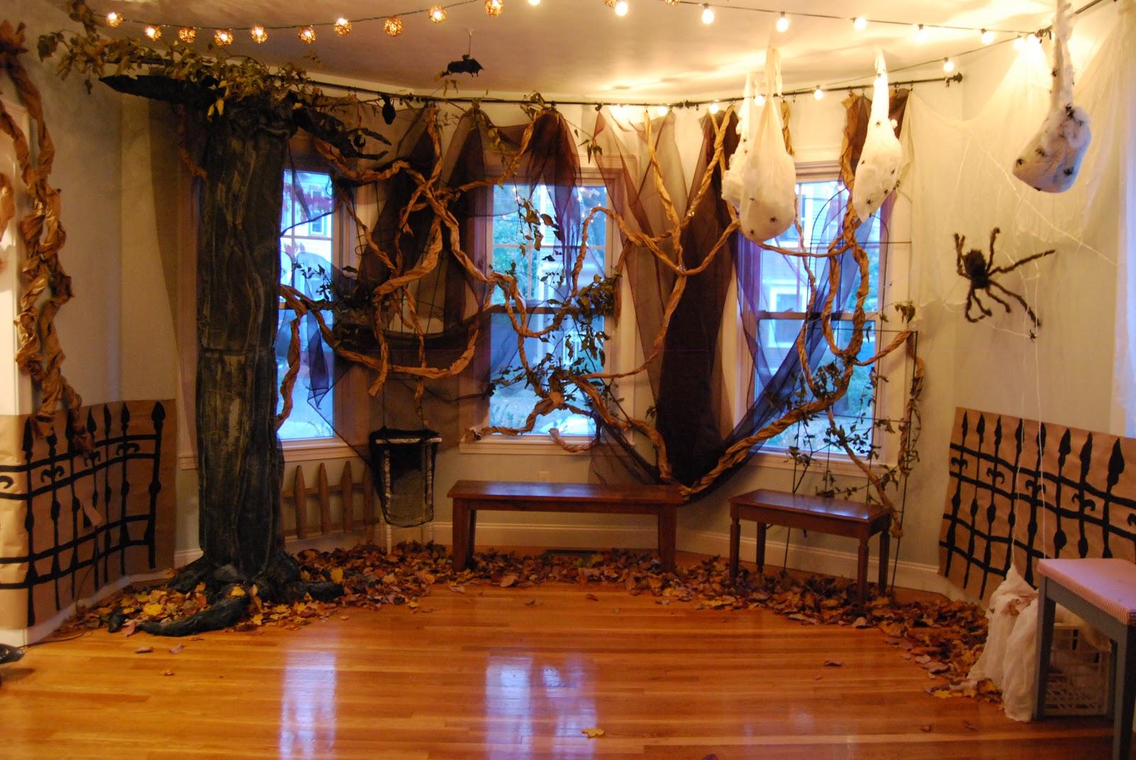 Indoor halloween party decorations - The Salad Days 5th Annual Donigard Halloween Party The Decorations Part 1