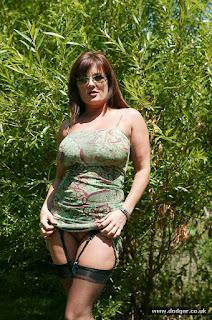 Hot Naked Girl - sexygirl-Dodger_Nylons_Outside_DD0S0335-793810.jpg