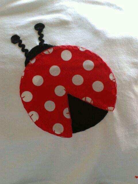 detalle mariquita, ideal para camisetas de niñas