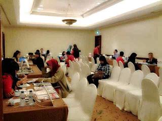 spg event surabaya, agency spg surabaya, spg pameran pendidikan surabaya