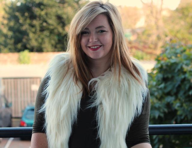 autumn, boho, ootd, white, cream, faux fur gilet, waistcoat, khaki, topshop
