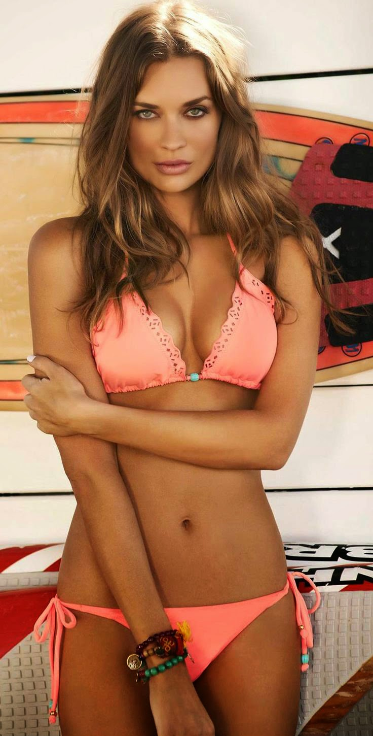 Hot-Bikinis-Swimsuits-For-Summer