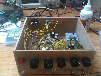 Circuito Xr2206 : Generador de funciones con xr danirebollo