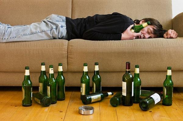 Mẹo uống rượu bia lâu say - chóng tỉnh