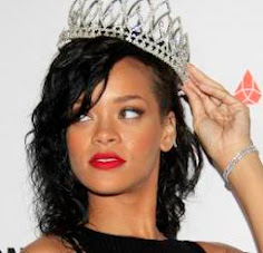 ALL HAIL RIHANNA, <br>THE QUEEN OF TMI