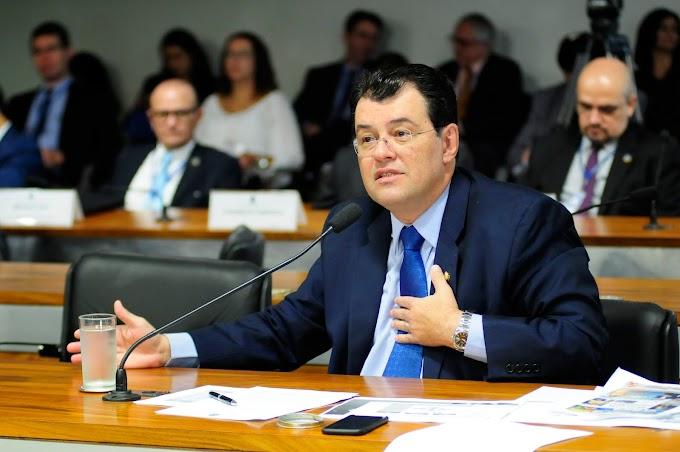 Eduardo Braga assegura, durante o recesso parlamentar, a liberação de mais de R$ 800 mil para o interior do AM