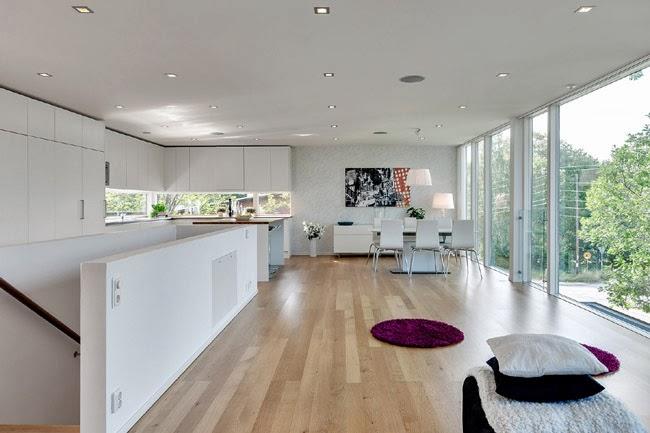 Casas minimalistas y modernas casa moderna en madera for Casas de madera minimalistas
