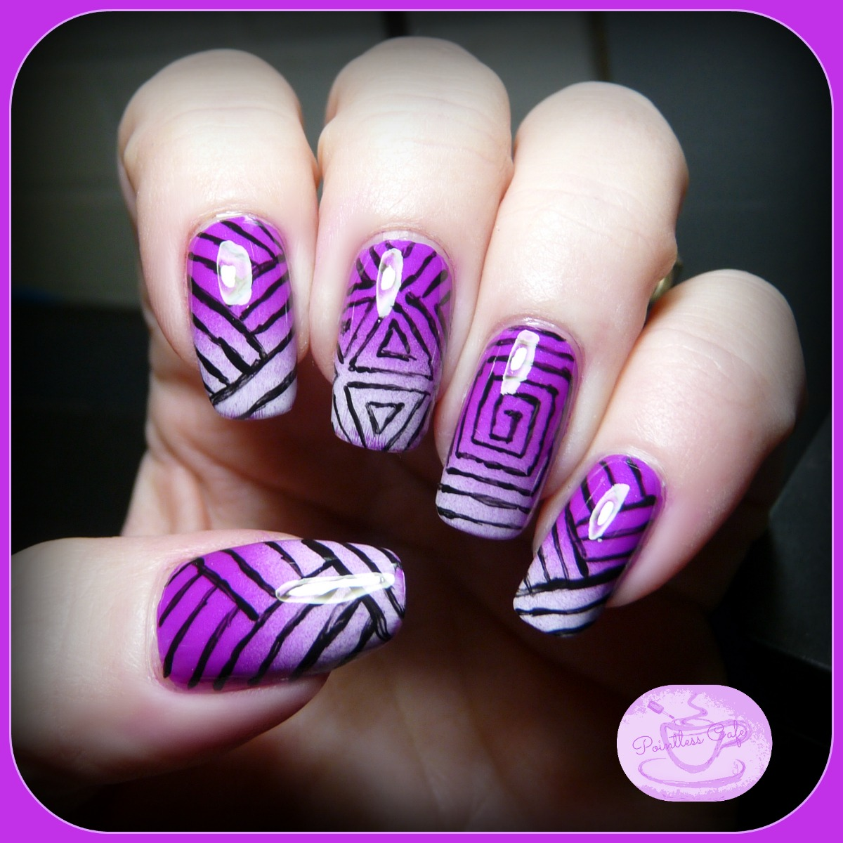 geometric-gradient-nail-art