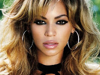 Beyonce's smoky eyes