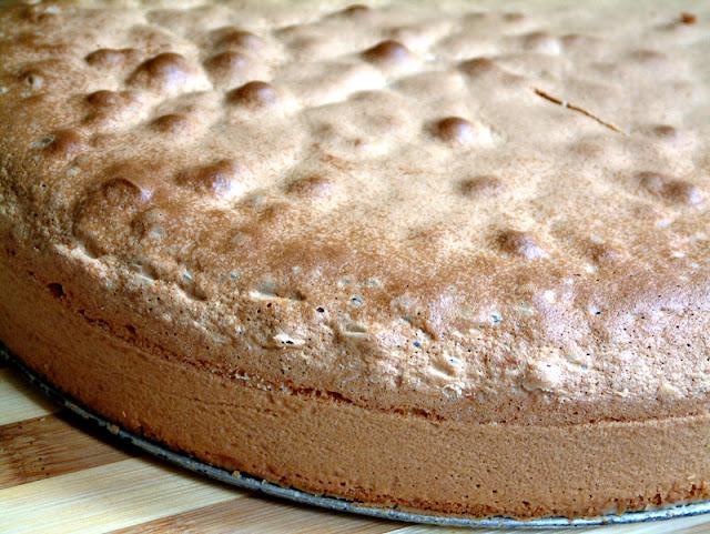 Przepis na biszkopt ! Podstawa letnich ciast i deserów.