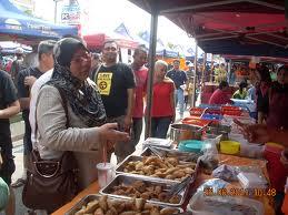 YB Fuziah berkunjung di Pasar Tani bersama AMK