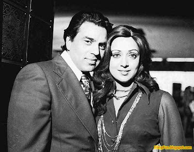 Dharmendra_Hema_Malini_best_couple_in_bollywood_FilmyFun.blogspot.com