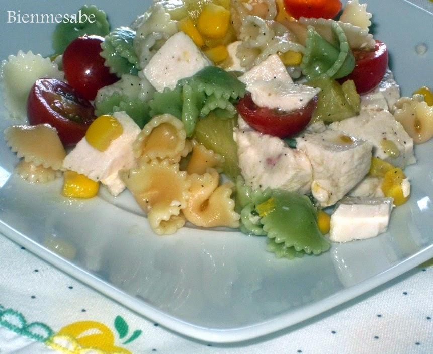 ensalada de pasta con pollo y piña2