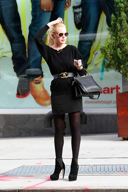 Lindsay Lohan - Impressive Leggy Candids in New York