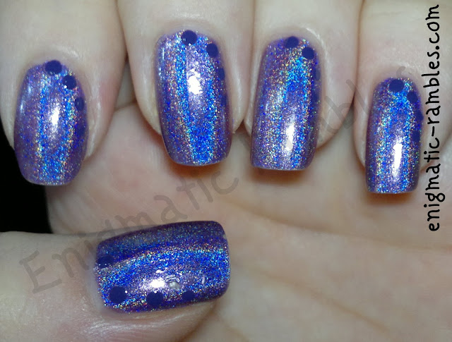 dots-dotticure-dotting-tool-purple-holo-holographic-nails-nail-art-jade-facinio-violeta-china-glaze-grape-pop
