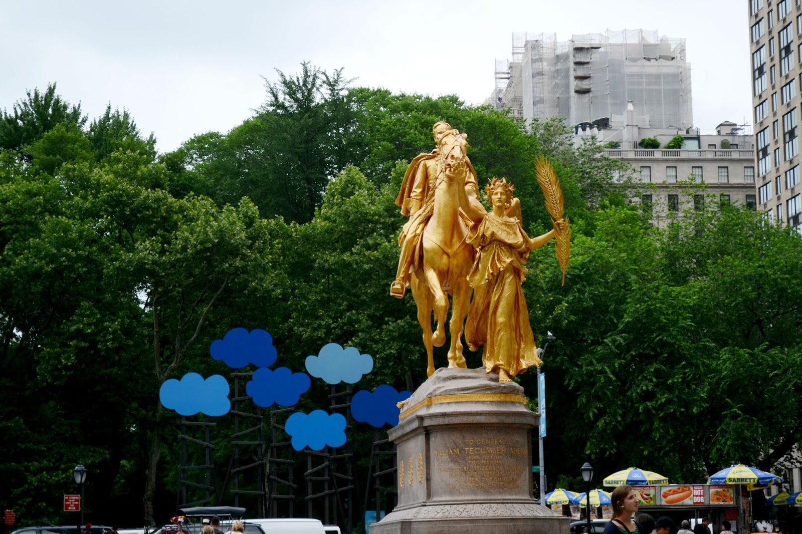 grand army plaza, new york, central park, statue, city