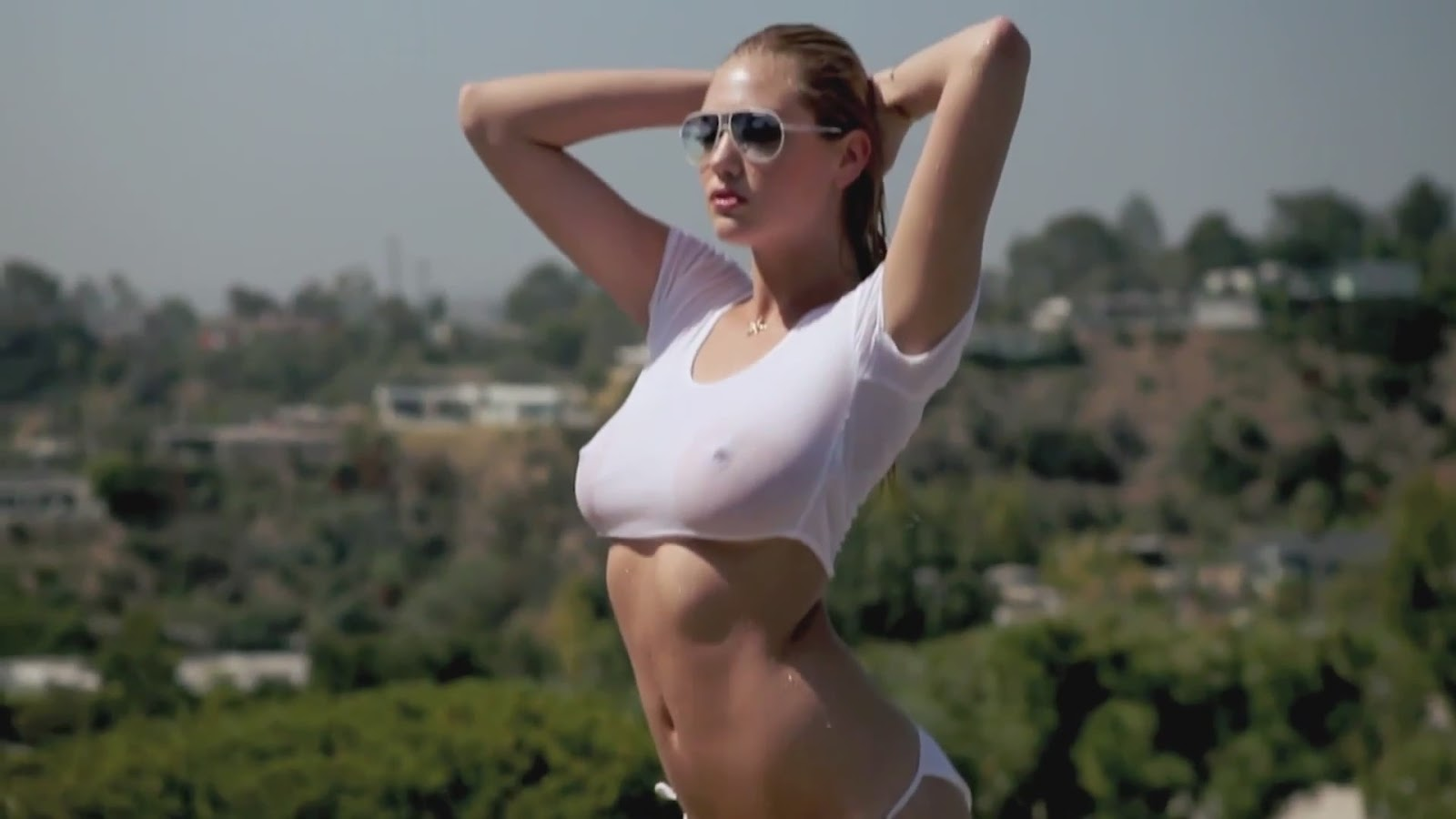 Kate Upton GQ July 2012 Wet T-Shirt / Bikini 1080p Video and Pictures