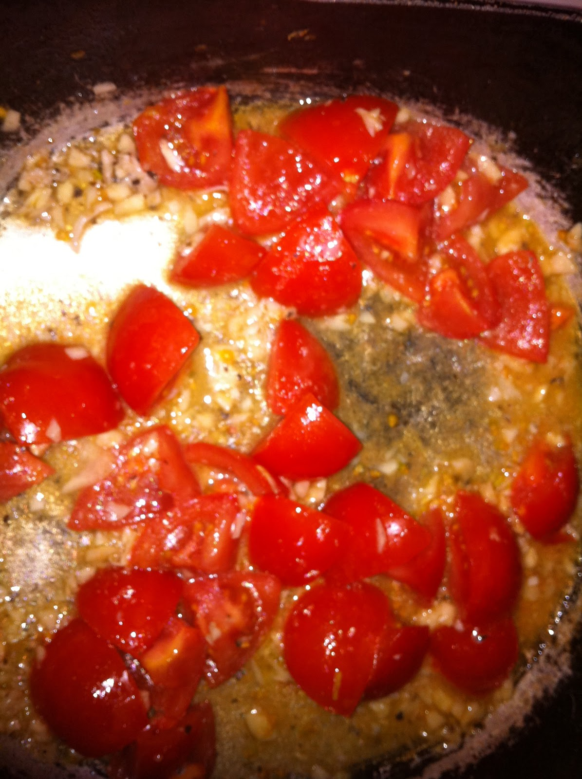 In The Kitchen: Spaghetti with Sauteed Chicken and Grape Tomatoes ...