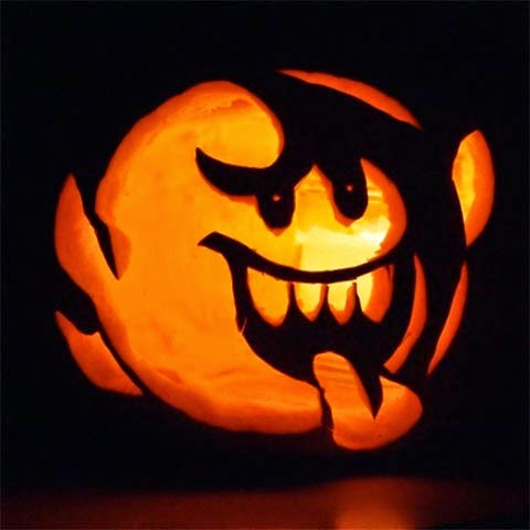 funny pumpkin carve on halloween day