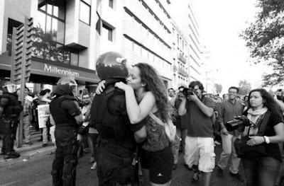 Portugal: A POLÍCIA É DO POVO E DEVE SER O POVO