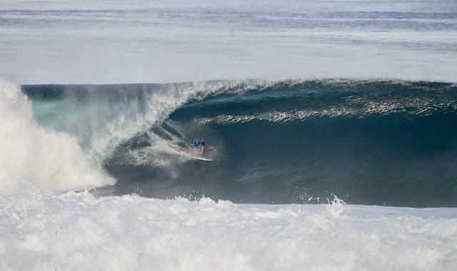 Billabong Pro Tahiti 2014 Raoni Monteiro Foto ASP Will H S