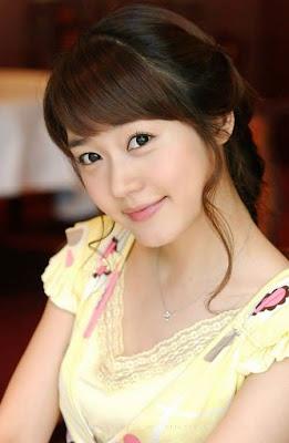 Sung Yuri-artis cantik.jpg