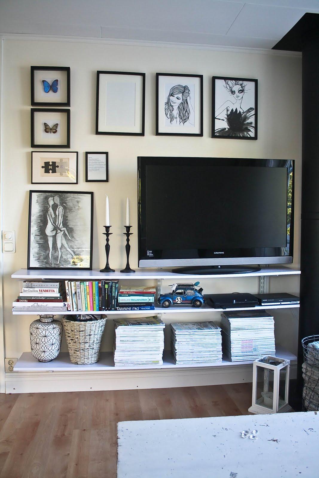 Decor On Wall Behind Tv : Marits vita skrin tv v?ggen