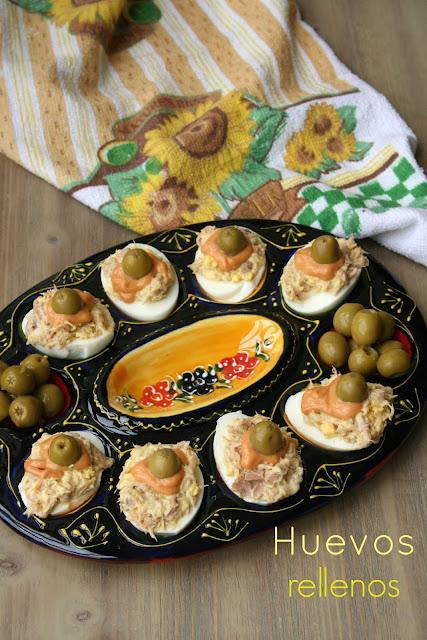 huevos rellenos,huevos, huevos rellenos de atún y mayonesa
