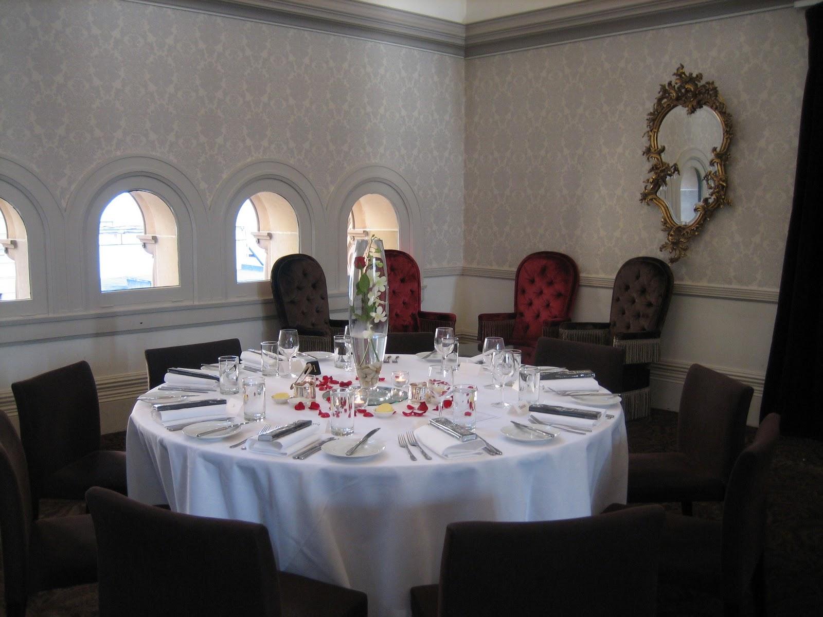 The wedding lookbook wedding reception centrepieces for Wedding reception centrepieces
