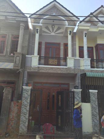 Bán nhà 1 lầu 1 trệt diện tích rộng ngay trung tâm phường Tân Đông Hiệp Dĩ An
