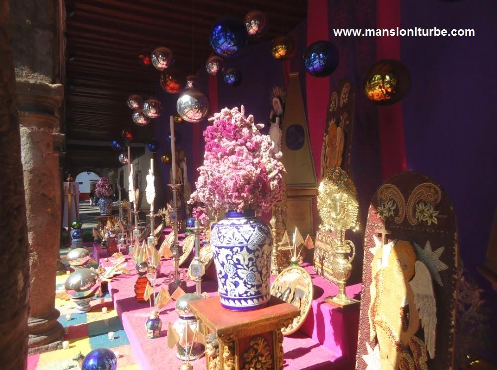 Altar de Dolores en Semana Santa en Pátzcuaro