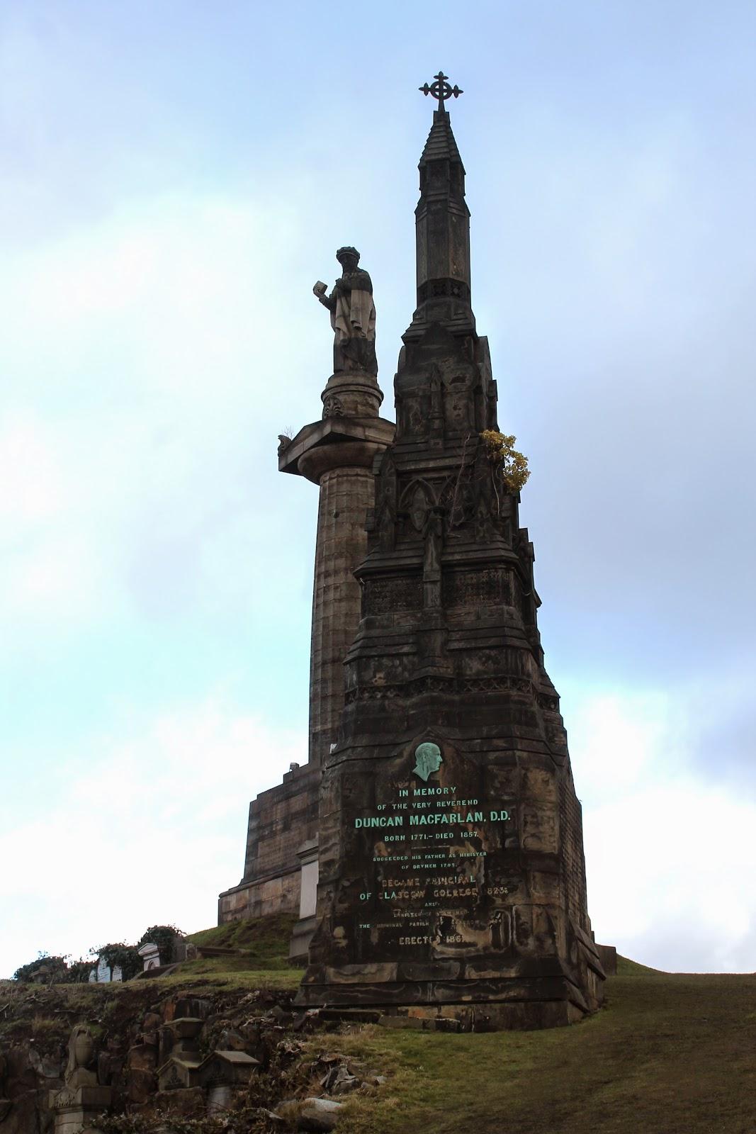 Glasgow Necropolis statue