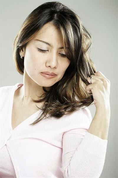 Tips Merawat Rambut Kering Dengan Bahan Alami