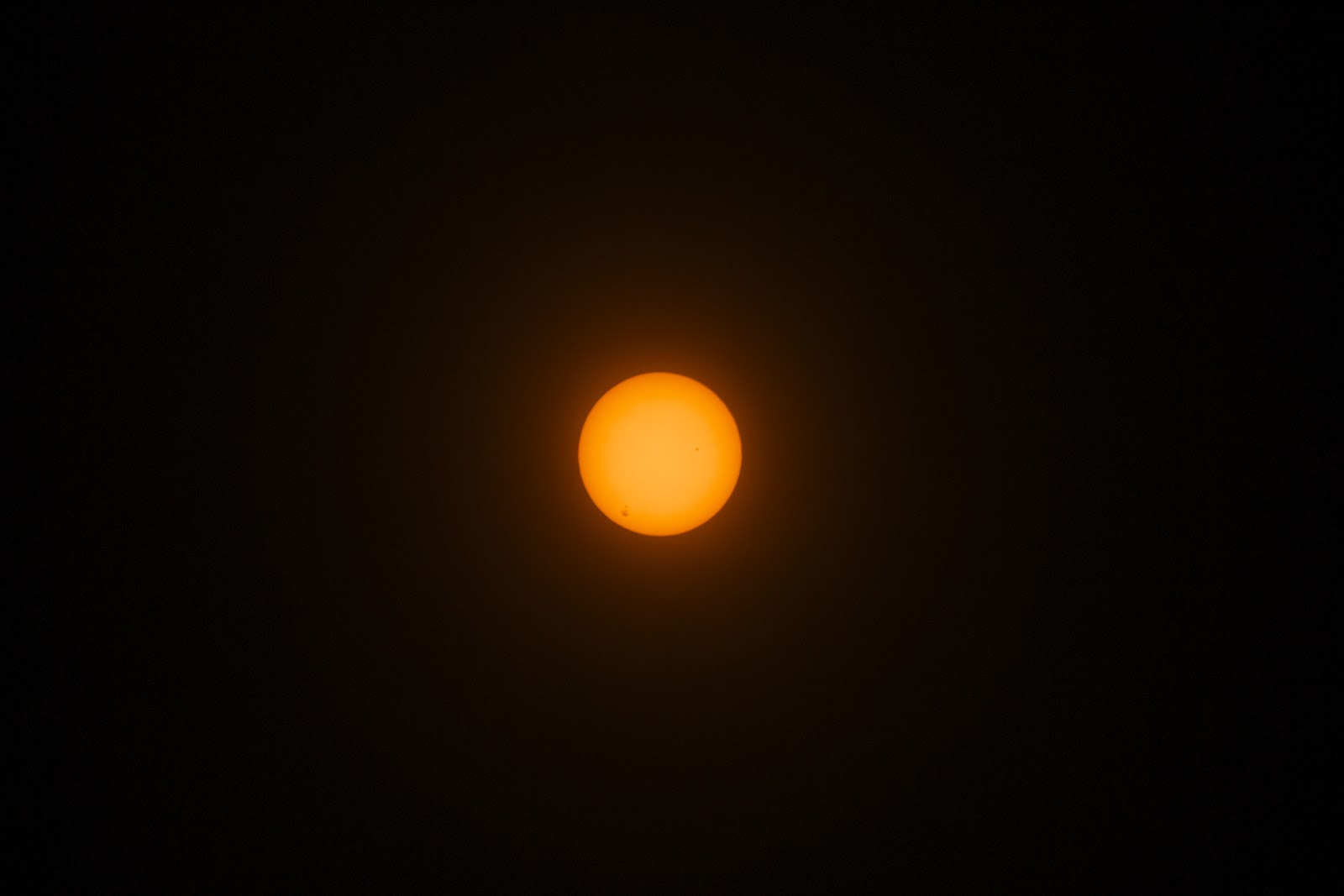 sunspots DSLR at 300mm