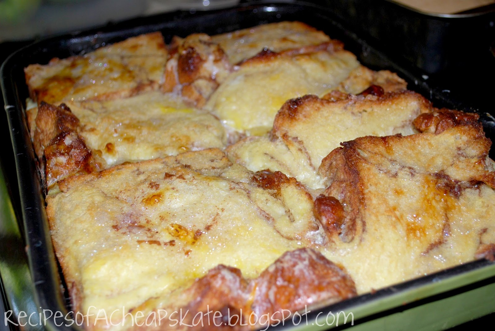 Recipes of a Cheapskate: Chunky Cinnamon Baked French Toast