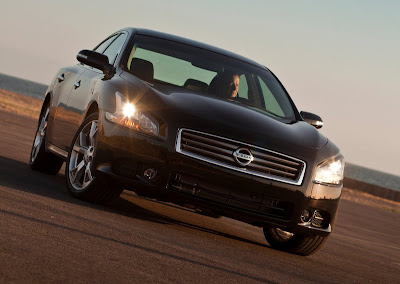 Nissan Maxima wallpaper