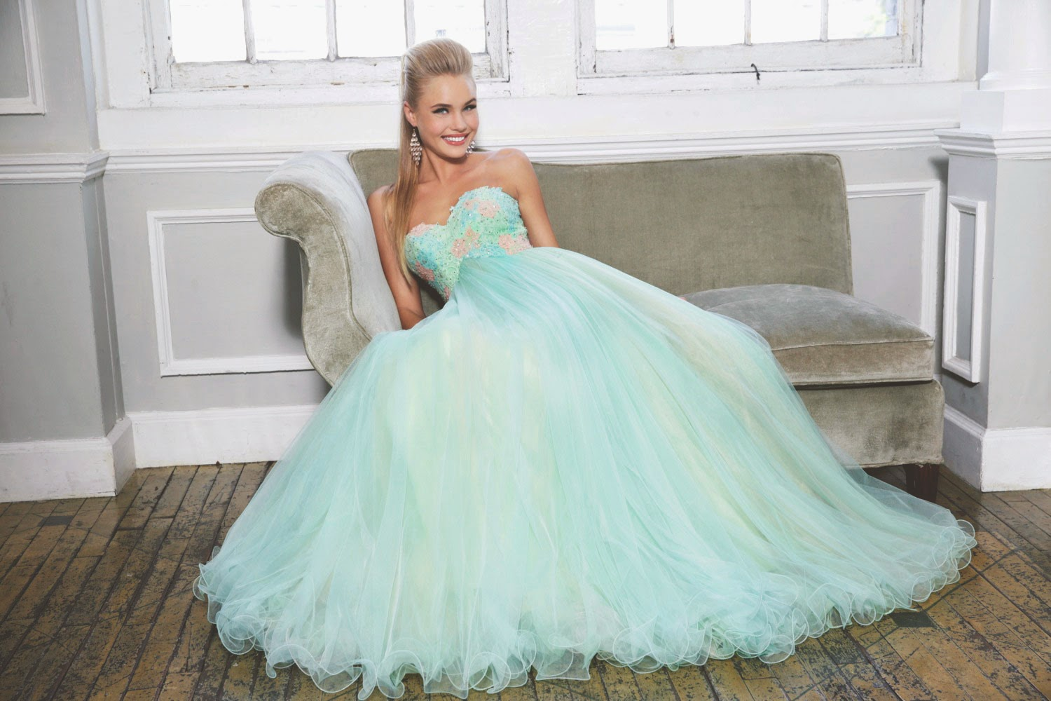 http://www.sherrylondon.co.uk/nectarean-aline-appliques-tulle-sweetheart-sweepbrush-train-prom-dresses-p-336.html#.VR6wMo7D7kd