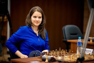 Echecs : la grand-maître russe Alina Kashlinskaya © site officiel