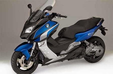 motor skutik BMW