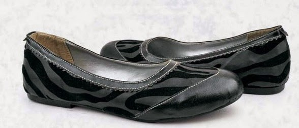 Sepatu: Sepatu Flat Hitam Loreng