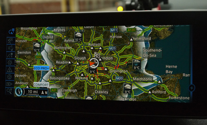 BMW i3 satnav screen showing range predictions