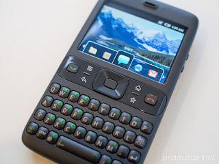 ponsel android versi pertama