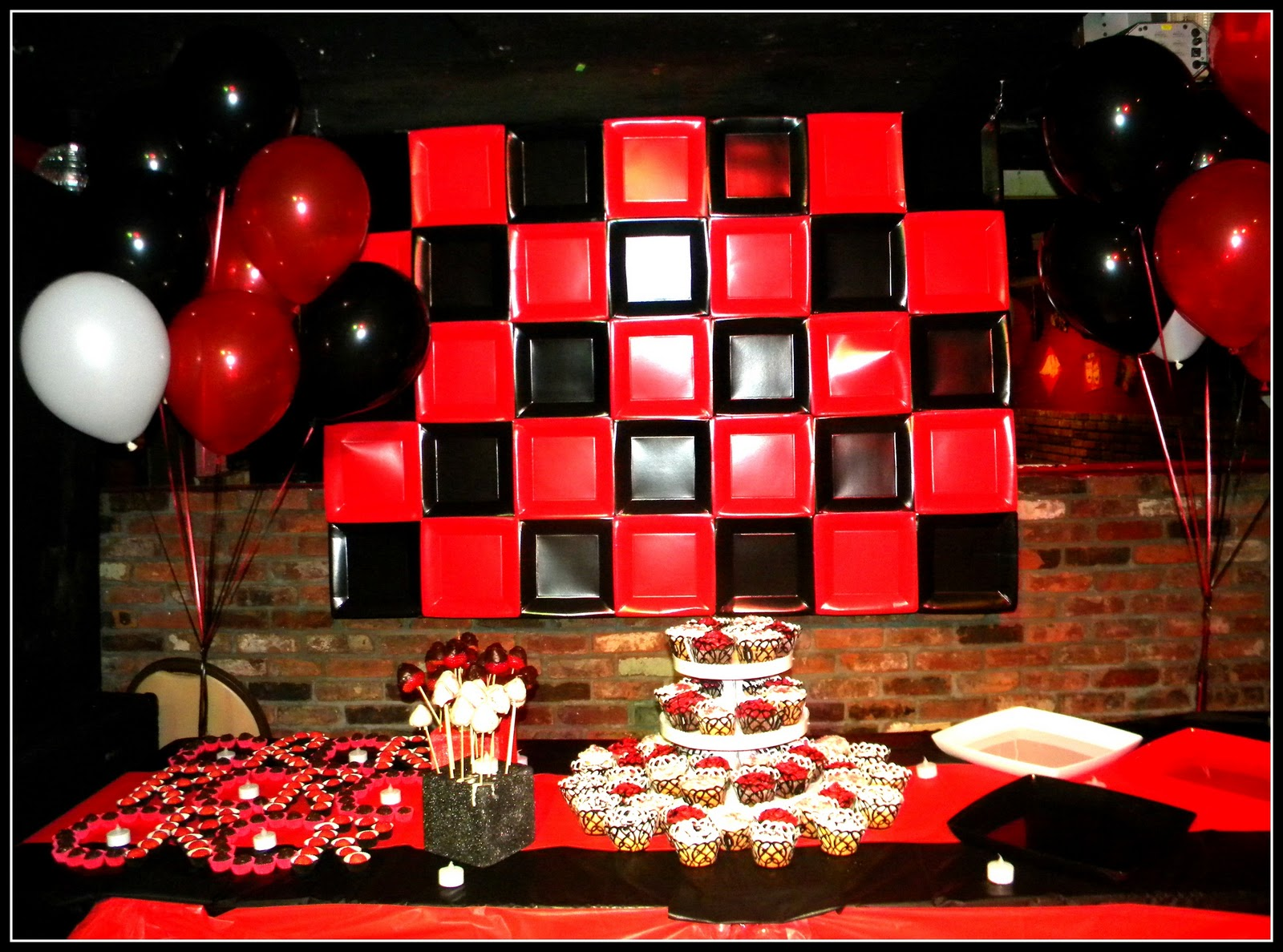 homemade parties rafa 39 s and carlos birthday party red and black. Black Bedroom Furniture Sets. Home Design Ideas