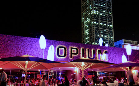 Barcelona past present nightlife opium mar for Night club barcelona