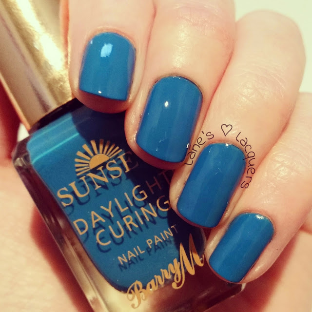 barry-m-sunset-daylight-curing-the-way-you-make-me-teal-swatch-manicure (2)