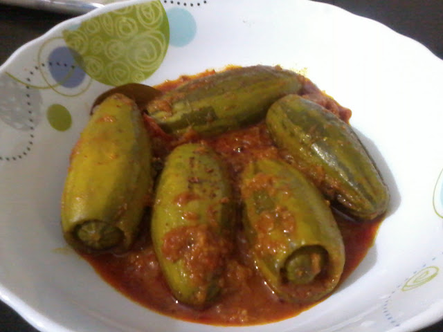 Potoler Dolma / Stuffed Pointed Gourd Curry-Happy Mother's Day!