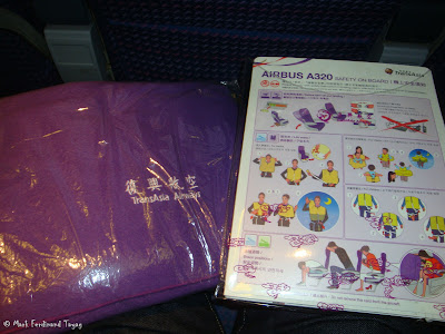 TransAsia Airways Singapore to Taipei Food 1