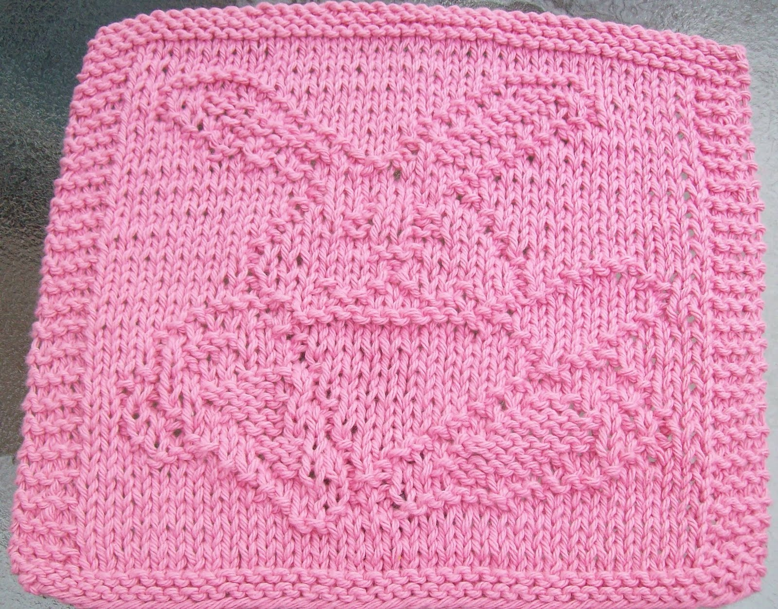 DigKnitty Designs: Waving Bunny Knit Dishcloth Pattern
